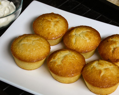 LEMON SYRUP COCONUT CAKES